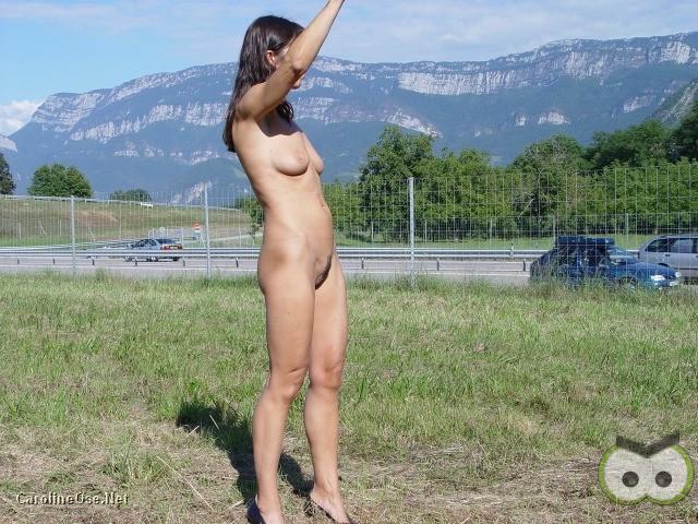 Vintage nue elle pose